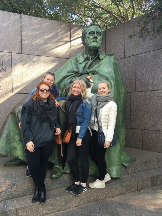Olivia in DC with Norwegian friends.JPG